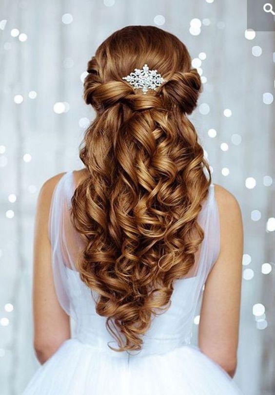 مدل مو نیمه باز مناسب برای عروسی و مجلسی