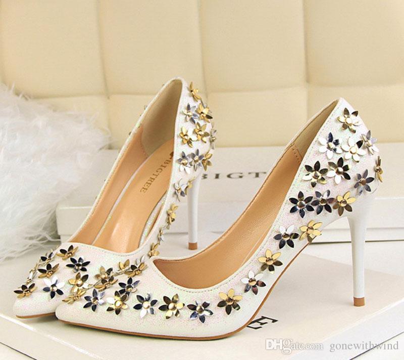 عکس مدل کفش مجلسی زنانه شیک پاشنه بلند
