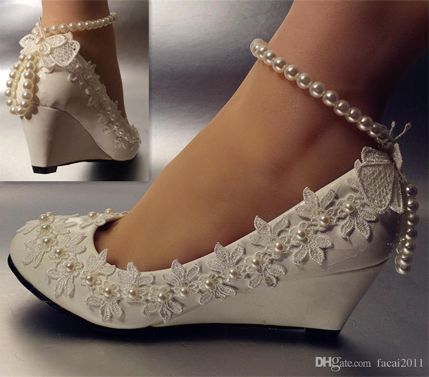 مدل کفش عروس نگین دار