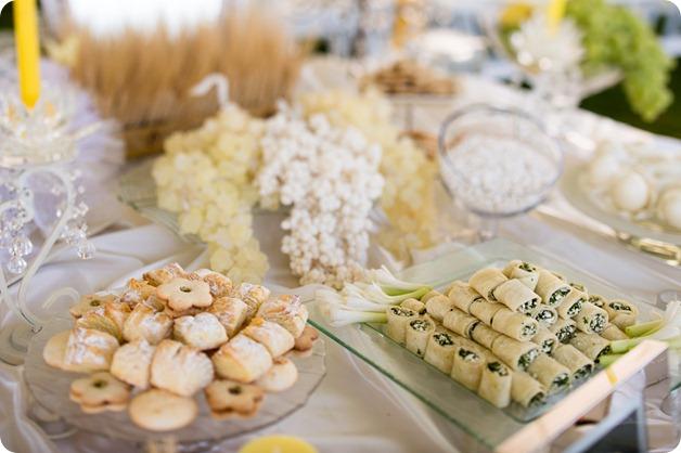 تزیین نون و پنیر و سبزی سفره عقد با وسایل ساده