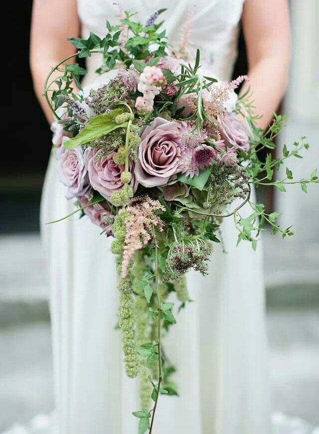 مدل دسته گل آبشاری بسیار زیبا و شیک اروپایی