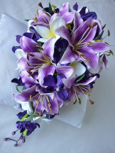 جدیدترین مدل دسته گل عروس آبشاری با لیلیوم