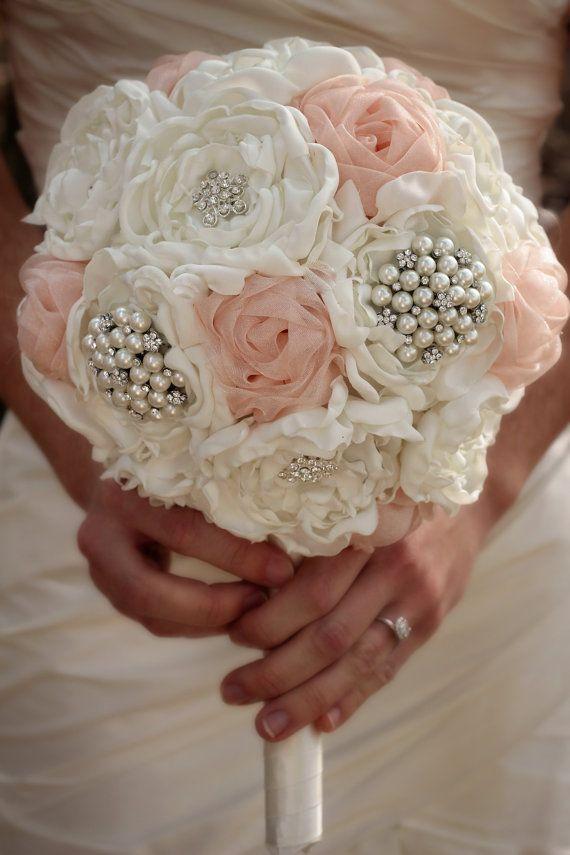 دسته گل چند رنگ عروس