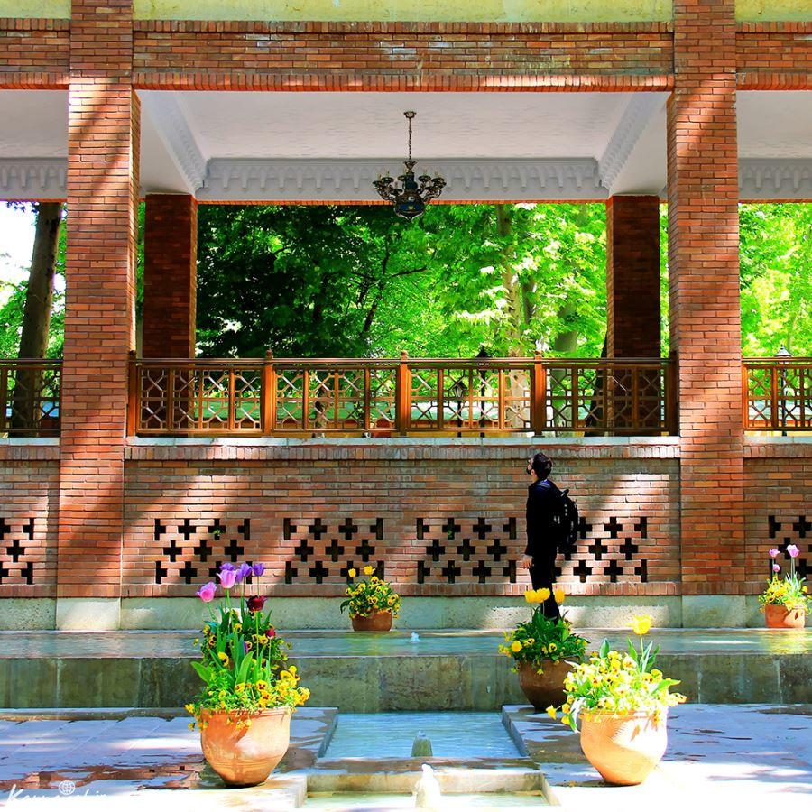 عکس بوستان باغ ایرانی تهران در فصل پاییز