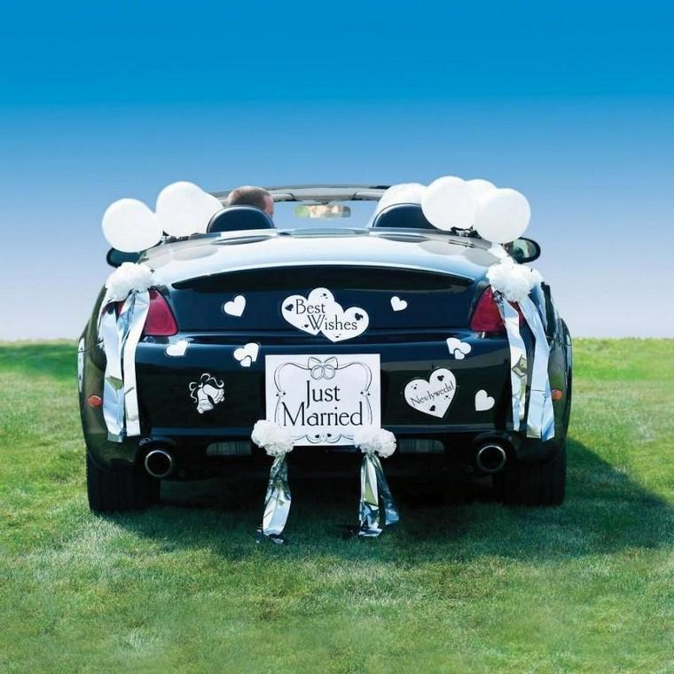 انواع مختلف از جدیدترین تزیین ماشین عروس با بادکنک