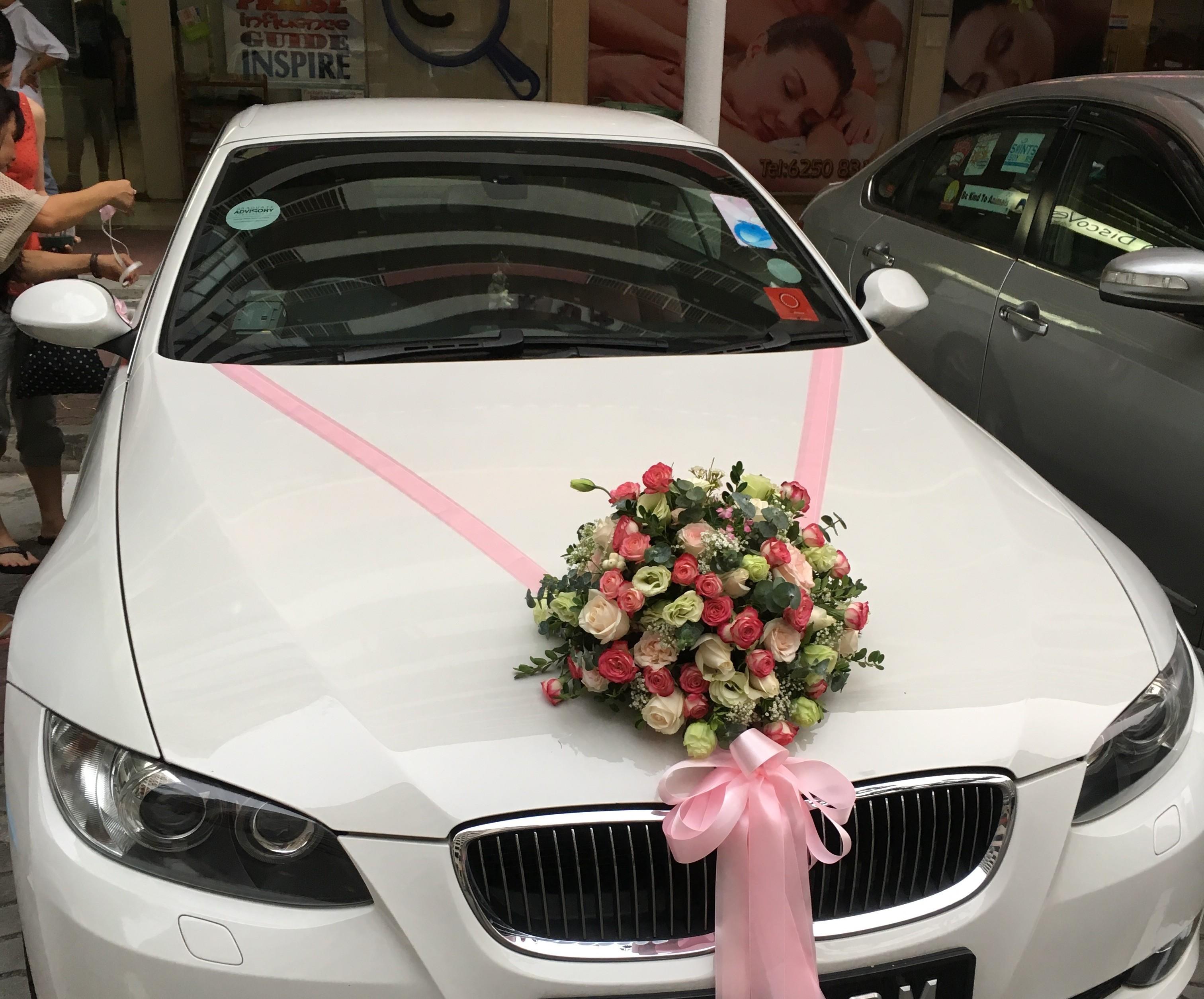 تزیین ماشین عروس لوکس و بسیار زیبا