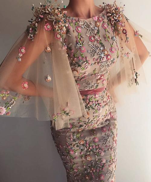 مدل لباس مجلسی فانتزی دخترانه و گل گلی