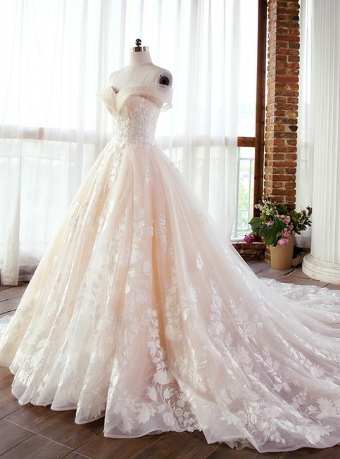لباس عروس بلند پرنسسی