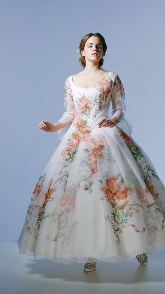 لباس سفید پرنسسی