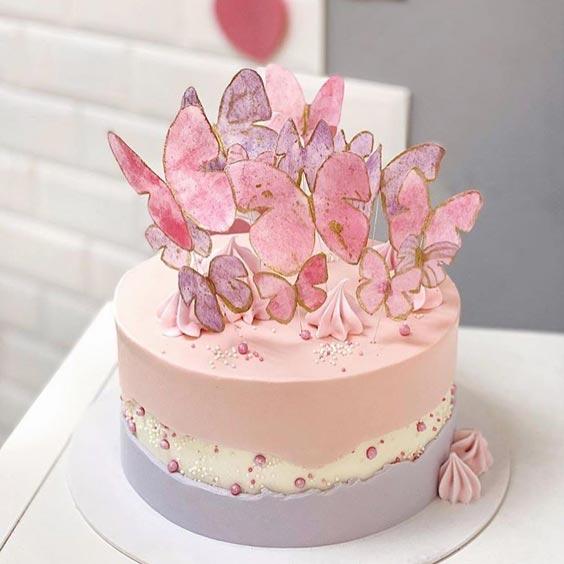 کیک فوندانت ساده و شیک